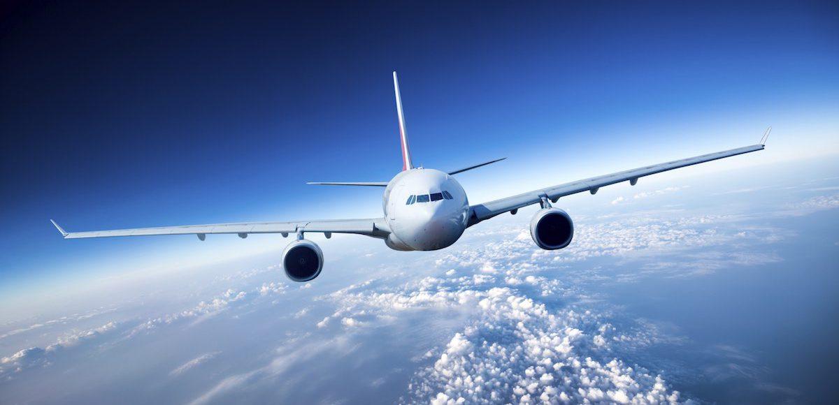 plane-burgas-arrival-taxi